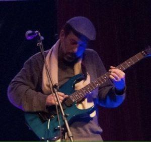 אמיר פרלמן בהופעה במחיפה עם הטריו החשמלי ג׳ז פיוז׳ן